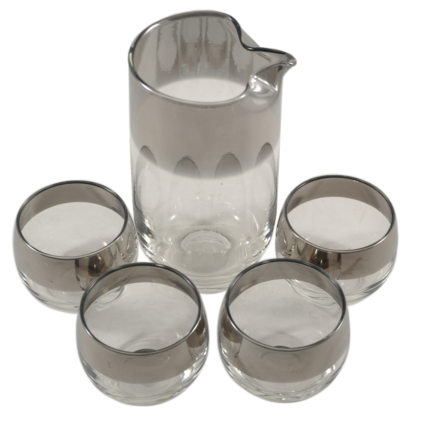 vintage-cocktail-glassware